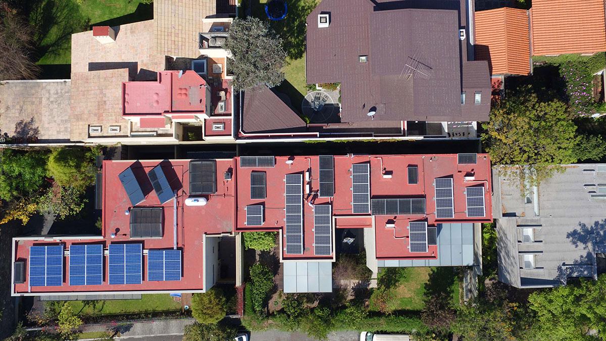 Cinco motivos para incorporar la energía solar, gratuita e inagotable a tu vida.